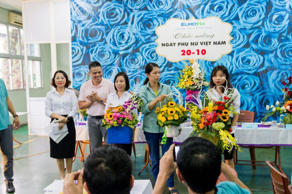 nam-hai-group-tung-bung-ky-niem-ngay-phu-nu-viet-nam-2010-05