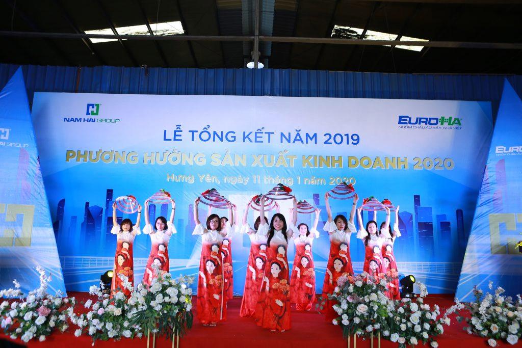 nam-hai-to-chuc-le-tong-ket-nam-2019-phuong-huong-san-xuat-kinh-doanh-nam-2020-vinh-danh-va-trao-chung-nhan-dai-ly-09
