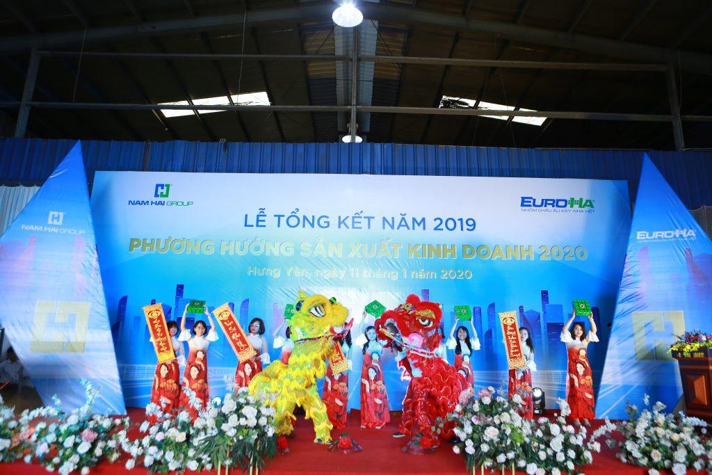 nam-hai-to-chuc-le-tong-ket-nam-2019-phuong-huong-san-xuat-kinh-doanh-nam-2020-vinh-danh-va-trao-chung-nhan-dai-ly-10