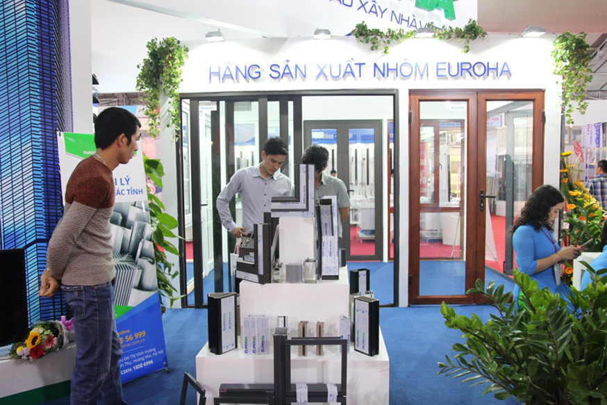 ngay-thu-2-cua-vietbuild-phong-kinh-doanh-hoat-dong-500-nang-suat-05